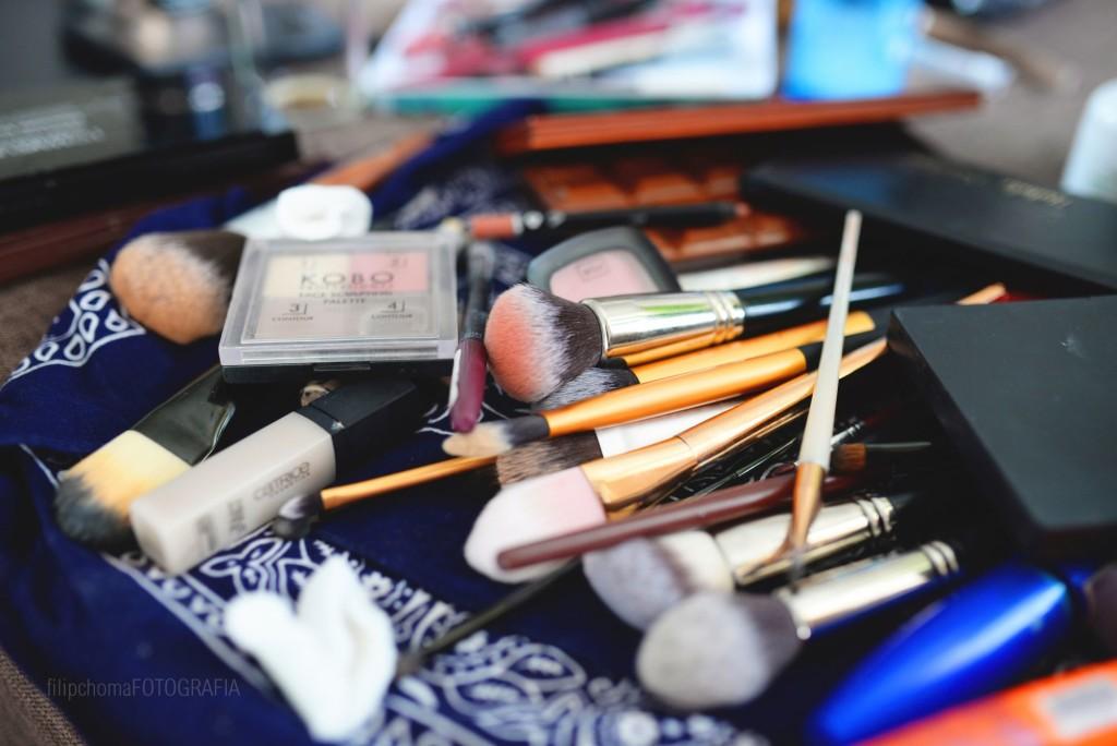 Jak tanio zorganizować wesele - makijaż