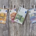Pieniądze w podróży dookoła świata